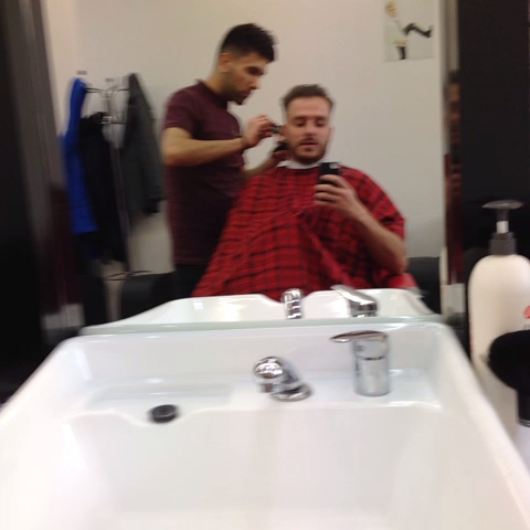 I love getting my haircut! - I love getting my haircut! - Dapperlaughss post on Vine