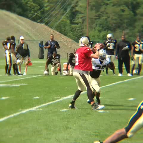 New Orleans Saintss post on Vine - .@DrewBrees with a quick screen to @BrandinCooks who takes it the distance! 💥 - New Orleans Saintss post on Vine