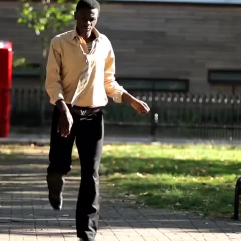 OSHEBABAGODs post on Vine - When youre walking on the road and you see 2 £50 notes  #TeamLDN #Azonto #afrobeat #Nigerian #TwitterAdlibs - OSHEBABAGODs post on Vine