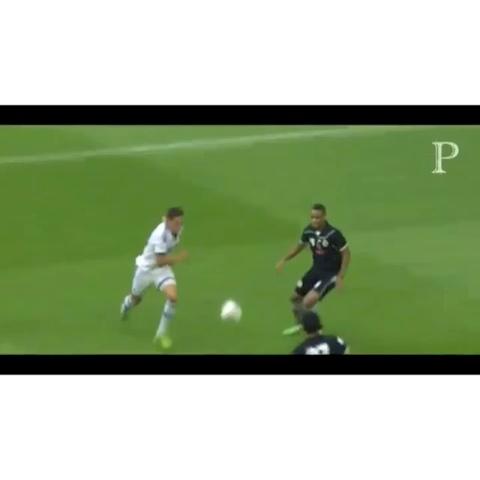 Best Soccer Skillss post on Vine - Amazing asist from Draxler👍👍👍 #worldcup #like #revine #amazing #follow #likerz #goal #asist #schalke #support #popularpage - Best Soccer Skillss post on Vine