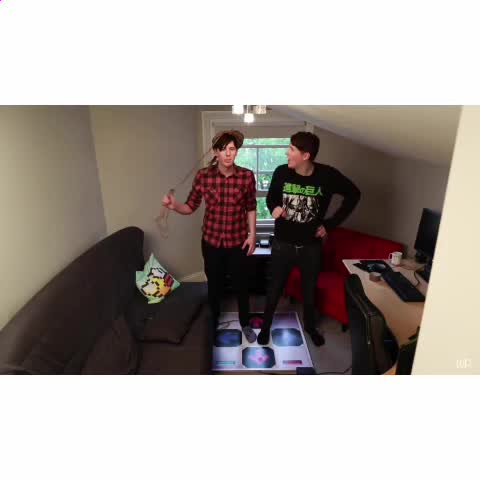 Happy Dan ☺️  this is very simple but very need right about now <33 - Vine by wut phan - Happy Dan ☺️  this is very simple but very need right about now <33