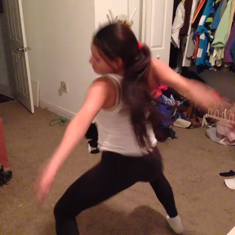 Black girl dancing vine