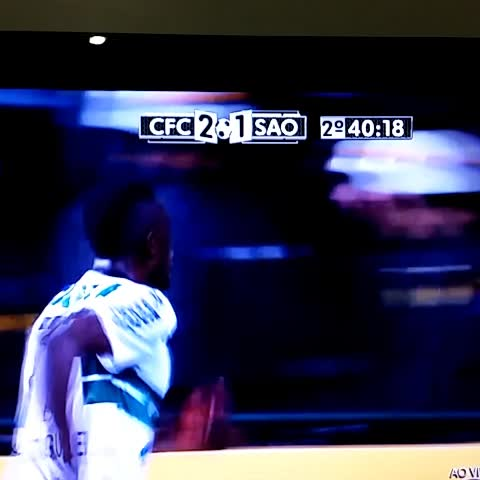 Guilherme Paivas post on Vine - Joel caindo no buraco. Melhor momento! - Guilherme Paivas post on Vine