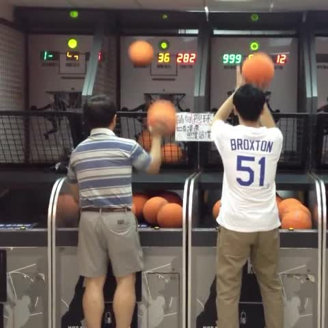 Vine by Unexpected Thug Life - This guys a baller #Ballin #BasketballVines #ThugLife #BasketballNeverStops