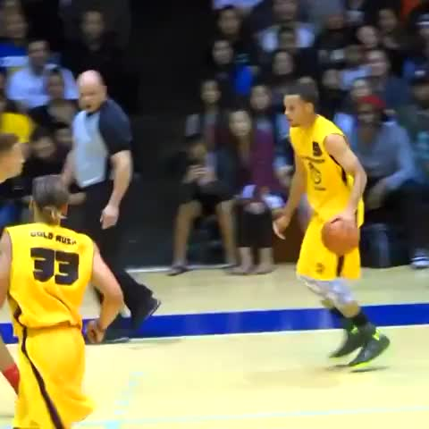 Full Court Prezs post on Vine - Steph Curry is unguardable! - Full Court Prezs post on Vine