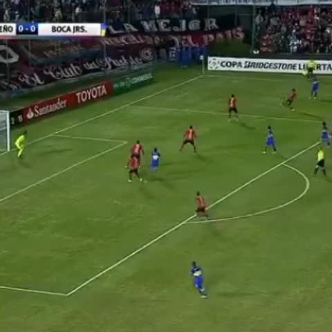 Vine by Boca Juniors - ¡Así fue el gol de #Tevez!