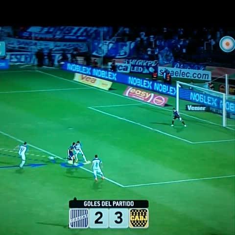 Boca Juniorss post on Vine - Gol del empate de Martínez. - Boca Juniorss post on Vine