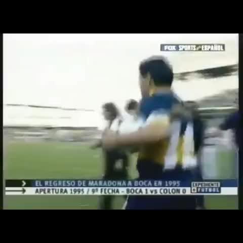 Vine by Gemma R - Recibimiento a Boca, en la vuelta de Diego. 1995.