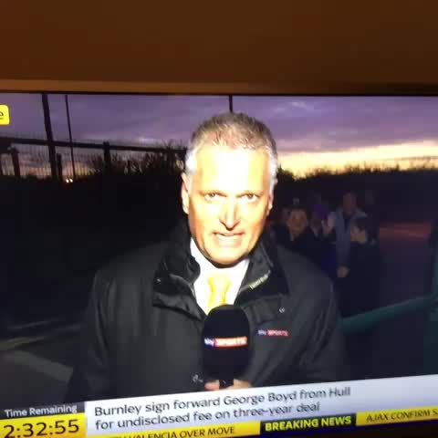 Doron Salomons post on Vine - Deadline day has peaked - Doron Salomons post on Vine