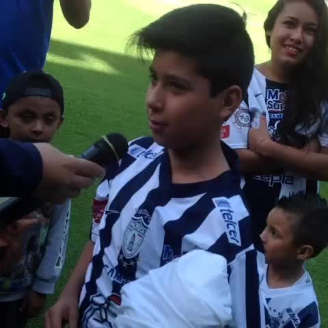 Vine by Tuzos - Concursos para ganar premios y poder bajar a la cancha del Estadio Hidalgo! #ElÚnicoEnMi????