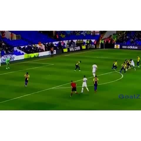 Vine by INSANE GOALS™ (38K) - Lamelas rabona was INSANE!! #InsaneGoals #Rabona #Tottenham #Lamela SOCCER BEST ⚽️