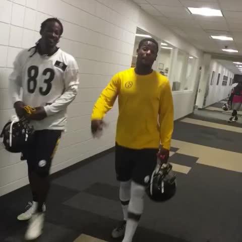 Vine by Pittsburgh Steelers - Hes baaaaaaaaack.