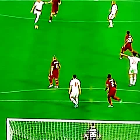 @ACMilan best chance in the first half.. What a shot by Mexes!   #SerieA #RomaMilan - Vine by FORZA MILAN ! - @ACMilan best chance in the first half.. What a shot by Mexes!   #SerieA #RomaMilan