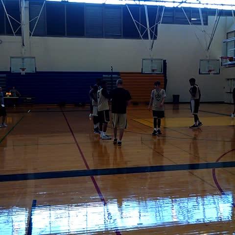 Vine by Colorado Basketball - CU basketball practice Saturday morning at Punahou School in Honolulu #gobuffs