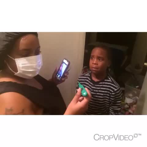 Tevyn Demmingss post on Vine - When you lie and tell a bad ass kid they got Ebola😂😂😂😂 #Ebola #funny - Tevyn Demmingss post on Vine