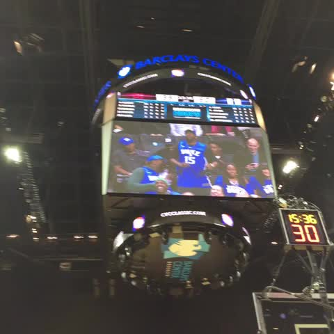 Matt Norlanders post on Vine - Jahlil Okafors uncle is boogying at getting all the crowd love here at Barclays. - Matt Norlanders post on Vine