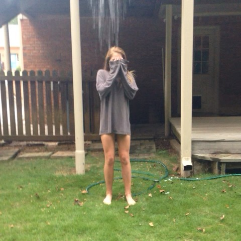 Sara Millers post on Vine - Throw back to 2 days ago when I almost killed myself with this bucket...😳 #icebucketchallenge - Sara Millers post on Vine