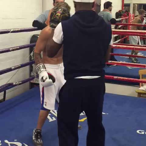 Training with the champ Floyd Mayweather tonight - Justin Biebers post on Vine