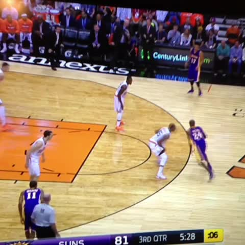 Half Court Hoopss post on Vine - Lakers Offense.... - Half Court Hoopss post on Vine