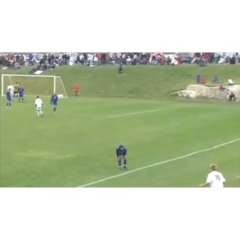 Dem_Soccer_Goalss post on Vine - What a legend. #DSGS - Dem_Soccer_Goalss post on Vine