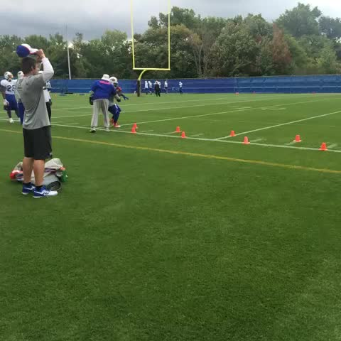 Joe Buscaglias post on Vine - #Bills coach Tyrone Wheatley has put on the boxing gloves on his RBs - Joe Buscaglias post on Vine