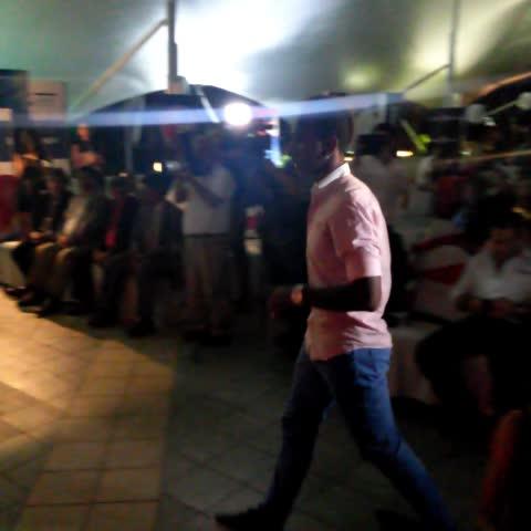 Vine by Eduardo De la O - Bladimir Díaz, Hombre Gol de Plata recibe su premio EL GRÁFICO