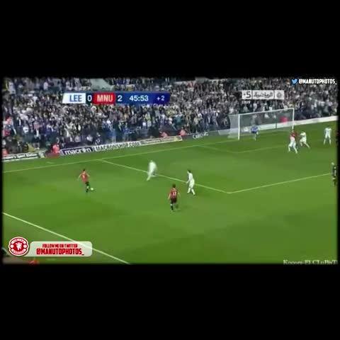 United Photos/Vines™s post on Vine - Ryan Giggs goal against Leeds United. #MUFC   Follow @ManUtdPhotos_ & @TotallyMUFC_ on Twitter - United Photos/Vines™s post on Vine