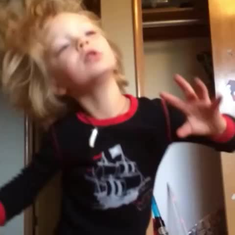 Audrie Powells post on Vine - Vine by Audrie Powell - When your turnt and your song comes on #notype #turnt #slomo #cutekids