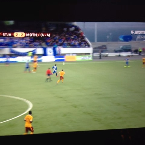 Magnus Brinks post on Vine - Goal of the season! Stjarnan v motherwell. 3-2 extra time. Johannson #europaleague #fotbolti - Magnus Brinks post on Vine