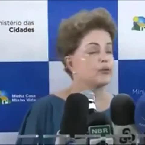 Vine by Dilminha - eu apresentando trabalho escolar