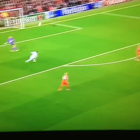 @mellorfootballs post on Vine - The best and the worst of Balotelli. - @mellorfootballs post on Vine