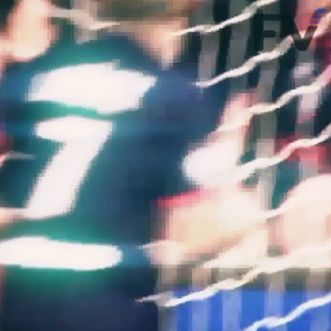 Footy Viness post on Vine - Classic Ibrahimovic #ibrahimovic #psg #goal #amazing #howto #goal #gol #soccer #football #footy #futbol #loop #edm #madeon #sports #HD - Footy Viness post on Vine