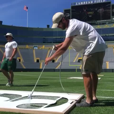 Vine by Green Bay Packers - Getting ready for 🏈! #FamilyNight