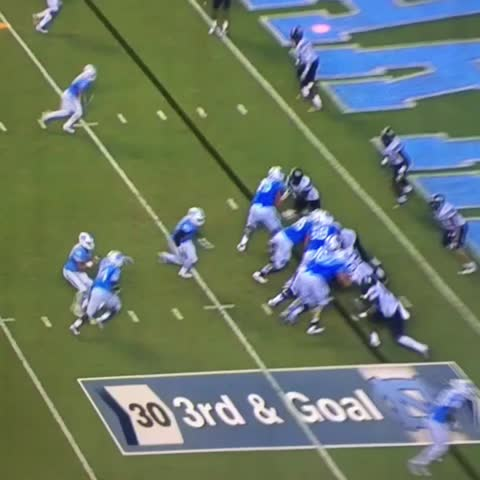 Vine by Pick Six Previews - UNC 3 for 3 on 4th downs on last-minute drive. The winner with 2 seconds left