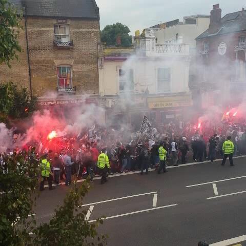 Ben Folleys post on Vine - #Besiktas fans on #Holloway Road - Ben Folleys post on Vine