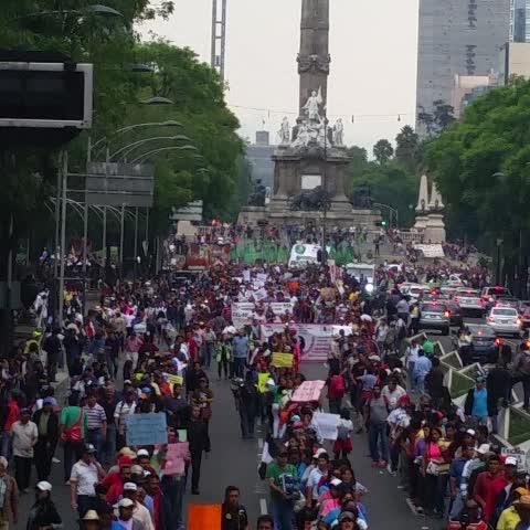 Vine by Coordinadora1DMX - CNTE aguanta el pueblo se levanta #AbrogaciónReformaEducativa Alto a la represión