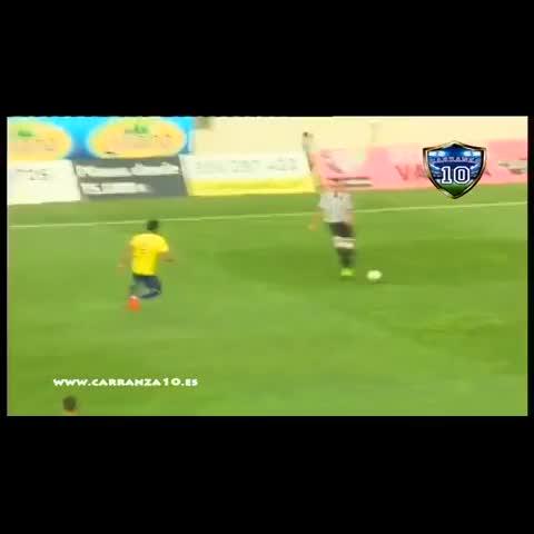 Primer gol oficial de Güiza con la camiseta del #CádizCF. - Vine by Cádiz CF Vines - Primer gol oficial de Güiza con la camiseta del #CádizCF.