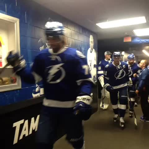 Tampa Bay Lightnings post on Vine - The captain makes his debut. #Stammertime - Tampa Bay Lightnings post on Vine