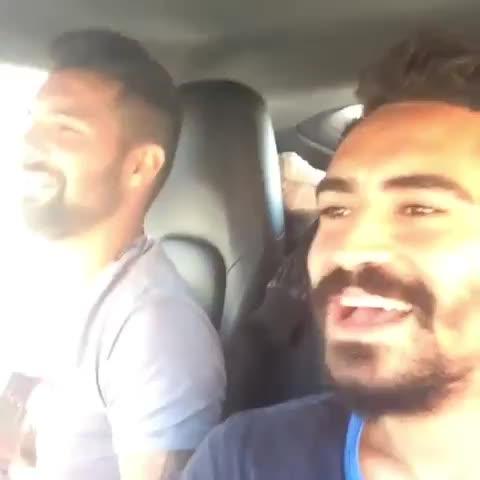 Galatasaray Statss post on Vine - Kadro dışı oyunculardan Engin Baytar ve Yiğit Gökoğlanın paylaştığı bu video tepki topladı... - Galatasaray Statss post on Vine