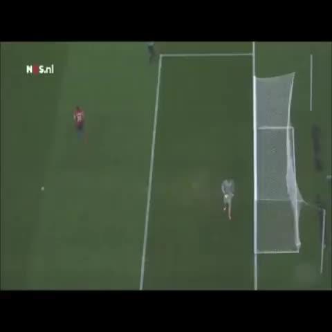 Vine by @AlexisAssist - Aranguiz world cup penalty