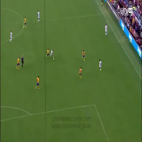 Vine by chelskiblues - Eden Hazards quick feet - #ChelseaFC vs Barcelona