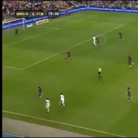 Vine by Twitter: @BrazilStats - Robinho vs Messi and Zambrotta. #clasico #Madrid #Barcelona