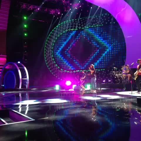 "Watch Teen Choice Awards's Vine ""ournameisMAGIC rockin ..."