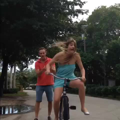 Lele Pons – Everyone remembers the first time they learned how to ride a bike izle