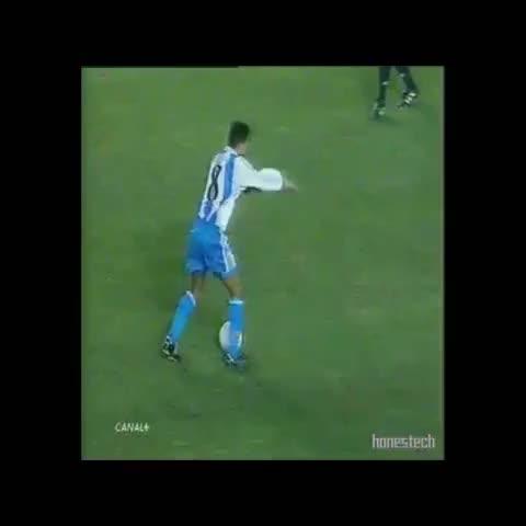 ¿Ganó el Celta?s post on Vine - Vine by ¿Ganó el Celta? - La lambretta de Djalminha. Dépor 5 - 2 Madrid, temporada 1999/2000.