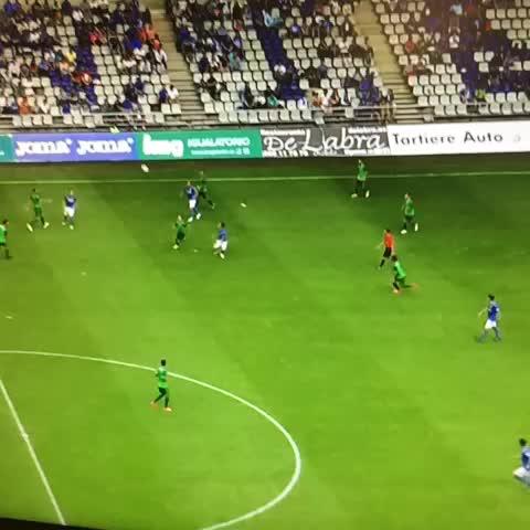 Real Oviedos post on Vine - El tercer gol de Linares, desde su propio campo #RealOviedo #locosporverteganar - Real Oviedos post on Vine