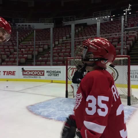 Detroit Red Wingss post on Vine - Owen from Make-A-Wish Michigan helping Z warm up Howie at practice. #RedWings - Detroit Red Wingss post on Vine