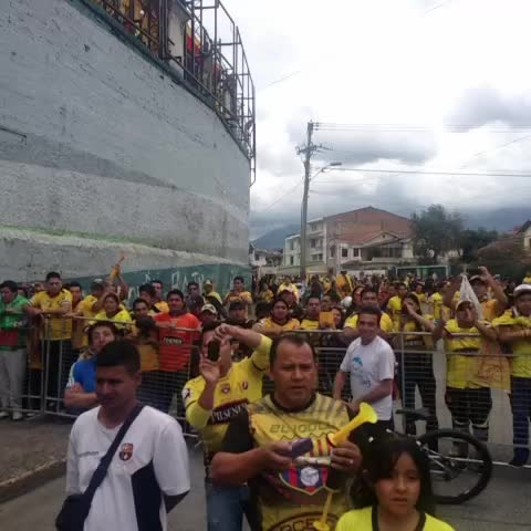 #BSC hace su arribo al estadio - BarcelonaSCs post on Vine