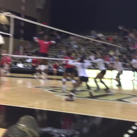 BOOM! DeLaina Sarden with the block solo to give @UCF_Volleyball the 2-0 lead over Houston! #ChargeOn - UCF Knightss post on Vine