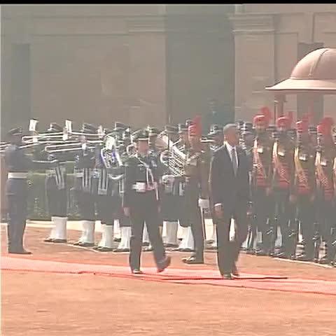 US President Barack Obama receives Guard of Honor #ObamaInIndia - Vine by ANI - US President Barack Obama receives Guard of Honor #ObamaInIndia